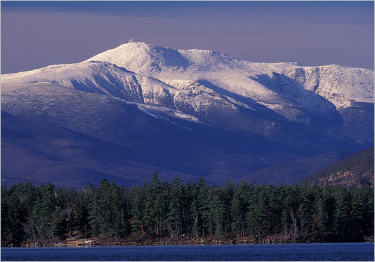 CROWD PLEASER: Mount Washington Valley, N.H. Start with four alpine areas: Cranmore, a family-sized gem in the heart of North Conway; Attitash, a double-mountain in Bartlett; Black, a weather-protected peak in Jackson; and Wildcat, the valley's big kahuna in Pinkham Notch. Now add the Jackson Ski Touring Center, a world-class Nordic center; Glen Trails, at the base of Mount Washington; and a handful of other touring centers. Finish off with plentiful shopping and restaurants and even a downtown skating rink. Who's bored now? - 877-948-6867, www.mtwashingtonvalley.org