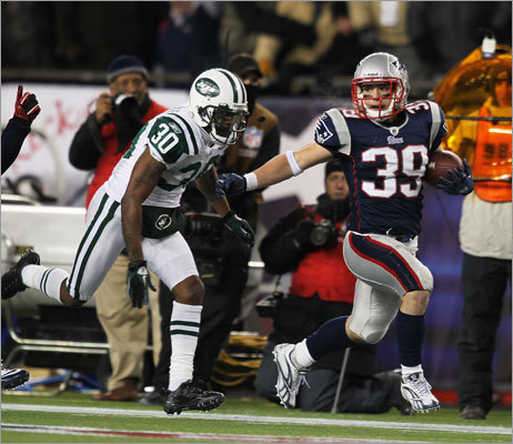 Danny Woodhead, Dec. 6, Patriots vs. Jets In a statement victory over the Jets in Foxborough, Danny Woodhead caught four passes for 104 yards, one going for 35 (maybe 90 percent yards after the catch) and another accounting for 50 when he took a shovel pass from Brady that might have traveled all of 2 feet and did all the rest himself.