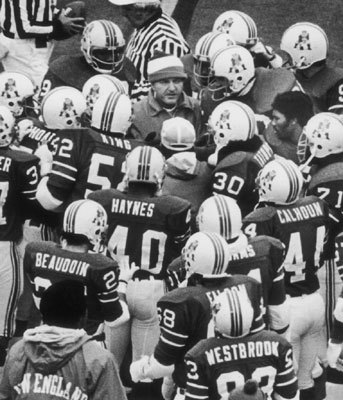 1978: Tragedy and some triumph Before the regular season even started, the Patriots suffered a devastating loss when wide receiver Darryl Stingley was paralyzed for life on an infamous hit by Raiders defensive back Jack Tatum during a preseason game in Oakland. The squad went on to rattle off seven straight wins to take its first division title in 15 years with an 11-5 record. Horace Ivory, a second-year running back out of Oklahoma, scored 11 rushing touchdowns for the high-scoring offense.