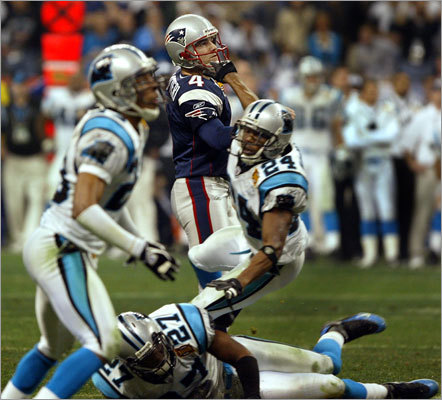 2003 continued The Patriots finished a franchise-best 14-2 to win the AFC East. In the divisional round, they squeezed past the Titans, 17-14, in one of the coldest games -- 4 degrees at kickoff -- in team history. The following week, the defense had four interceptions against Peyton Manning and the Colts in a 24-14 victory that sent the Patriots to the Super Bowl for the fourth time. At Reliant Stadium in Houston, the Patriots beat the Carolina Panthers, 32-29, with Adam Vinitieri (left) kicking a 36-yard field goal with four seconds left.