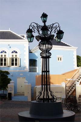 The village square outside the main building at Hotel Kura Hulanda.