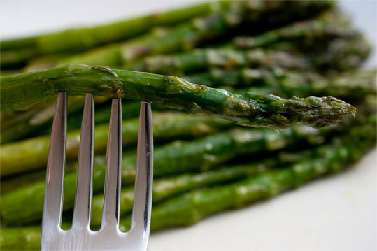 "Asparagus, Great Britain In the 1700's, herbalist Nicholas Culpepper wrote that green vegetables like asparagus ""stir up lust in man and woman."" Although their shape most likely perpetuated the aphrodisiac beliefs, asparagus do contain many potent sources of energy."