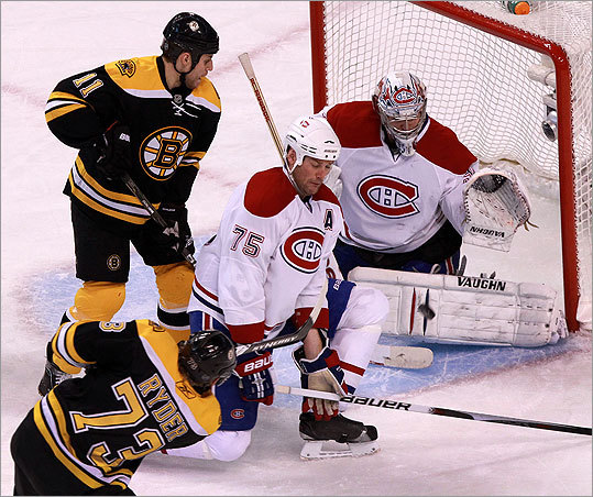 Bruins right wing Michael Ryder (73) scored on a power play goal in the third period to put the B's up 7-5.