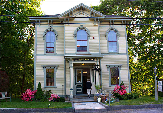 Norwell Irish population: 40.8% Almost 40 percent of the approximately 10,000 residents in this Plymouth County town say they have Irish ancestors. At left, the James Library and Center for the Arts in Norwell. Margin of error: +/-12.3%