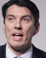 AOL will cut as many as 700 jobs in India and 200 in the United States, chief executive Tim Armstrong told employees.