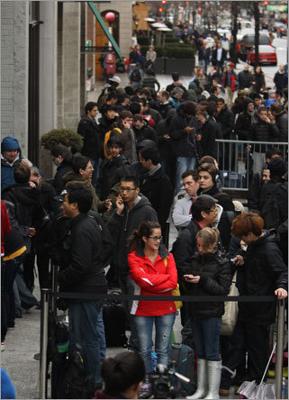 The iPad 2 went on sale at 5 p.m. on March 11, but the lines formed hours beforehand. Several hundred people lined up outside the Apple store on Boylston Street in Back Bay and waited for hours to get their hands on the new tablet.