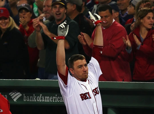 J.D. Drew In Game 6 of the 2007 ALCS, with the Sox trailing the series 3-2, Drew's first inning grand slam off Fausto Carmona turned the tide and knocked the wind of a stacked Cleveland Indians team. Drew finished the game with five RBIs and the Red Sox beat the Indians 12-2. The Sox would go on to crush Cleveland, 11-2, in Game 7 at Fenway. Next the Sox swept the Rockies to win their second World Series title in four years.