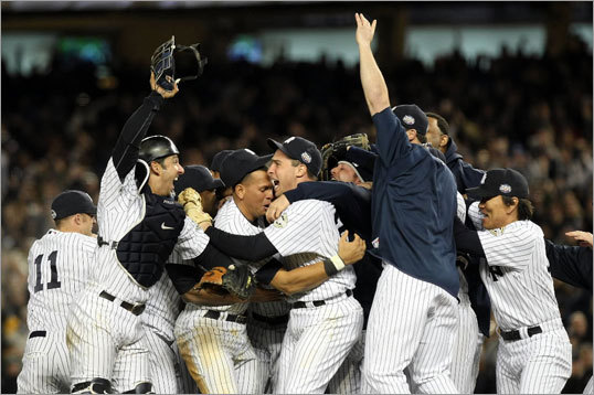 Yankees World Series titles ... The Yankees would go on to win the World Series in 2009, capturing their 26th title overall and fifth since 1996 ('96, 1998, 1999, 2000, 2009). That run capped one of the most dominant championship runs by any team, and the Yankees have won more titles than any other professional baseball team in history. Since we're keeping score, the Red Sox have won seven World Series championships.