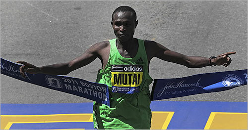 Geoffrey Mutai crossed the finish line.