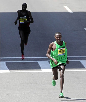 Geoffrey Mutai finished four seconds ahead of Moses Mosop.