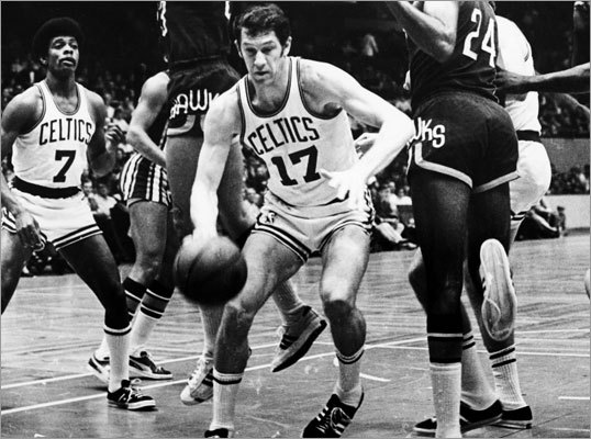 John Havlicek: Game 6, 1974 NBA Finals vs. Bucks The Celtics weren't supposed to beat Milwaukee in the 1974 NBA Finals, but they took a 3-2 series lead into Game 6 at Boston Garden. Havlicek hit not one but two game-tying shots in the game. The first tied the game at 86 and forced overtime. The second tied the game at 90 and sent play into a second overtime, where Havlicek would score 9 of Boston's 11 points in the period. Milwaukee won the game on Kareem Abdul-Jabbar's famous 'sky-hook' from 17-feet with two seconds left, but the Celtics would get the ultimate revenge and win the series in Milwaukee in Game 7. Hondo averaged 26.4 points in the series and was named MVP. (Note: Photo not from that game).