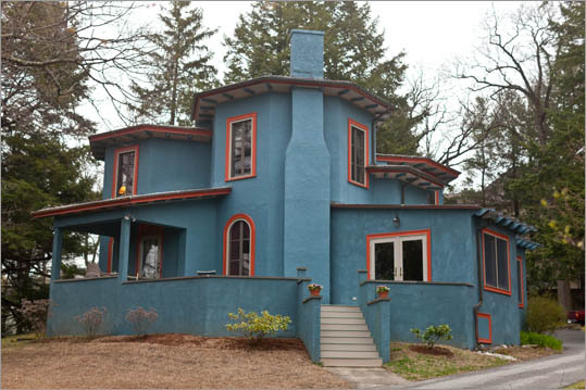 290 Highland Ave., Winchester