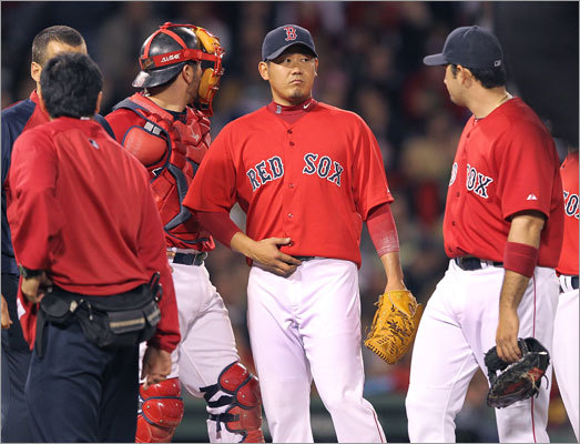 April 29: Mariners 5, Red Sox 4 Starting pitcher Daisuke Matsuzaka was removed from the game in the fifth inning after experiencing tightness in his right elbow. Matsuzaka pitched four complete innings and allowed three runs on three hits. He struck out four.