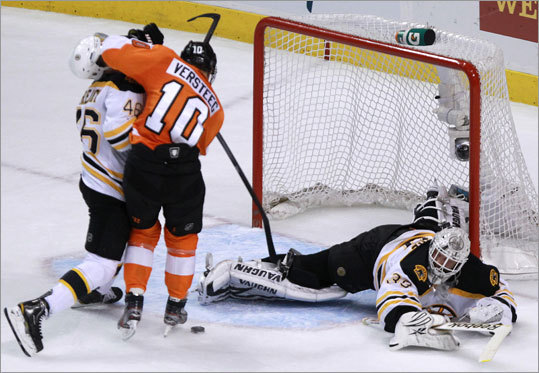 Bruins goalie Tim Thomas was sprawled across the crease in an effort to stop Flyers right wing Kris Versteeg, who was unable to get a shot off because David Krejci intervened at just the right moment in the second period.
