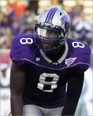 Markell Carter College: Central Arkansas Position: linebacker Pick: 6th round, 193d pick Of note: Not a whole lot is known about the Central Arkansas product, though he was on the radar of several teams as a possible late-round selection, including the Packers. Carter was listed at 6-4½ and 252 pounds at his pro day and ran 4.70 in the 40-yard dash with an impressive 35.5 vertical jump and 10-1 broad jump.