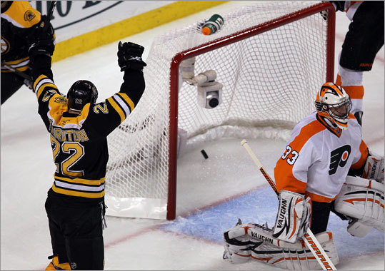 Shawn Thornton had a good view of Daniel Paille's second-period goal that gave the Bruins a 3-0 lead.