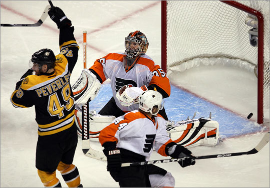Bruins center Rich Peverley had an up-close view of Boychuk's goal.