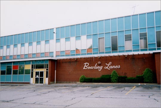 Previous closings include Riverside Lanes in Newton, closed in the 1980s, and the Wal-Lex bowling and roller-skating complex (left), which shut its doors in 2002.