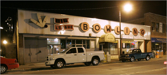 Big League Bowling in West Roxbury was another favorite that closed several years ago.