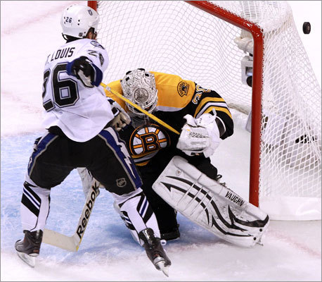 Bruins goalie Tim Thomas stopped Lightning right wing Martin St. Louis in the second period.