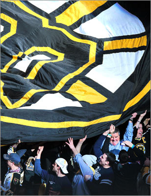 Black and Gold fans pledged their allegiance to the flag prior to the faceoff.