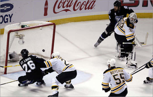 The Lightning's Martin St. Louis scored the game-winning goal off a pass from Steve Downie to complete a two-on-one rush. Bruins goalie Tim Thomas was pulled out of position by Downie, who slipped the puck to St. Louis for a tap-in ahead of Andrew Ference.