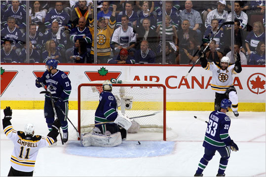 Patrice Bergeron celebrated after scoring the third goal in the second period against Roberto Luongo.