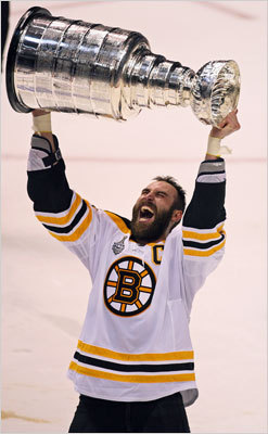 Chara hoists Stanley Cup Game 7: Bruins 4, Canucks 0 Bruins captain Zdeno Chara finally got his chance to raise Lord Stanley's Cup over his head after five seasons with the Bruins and 13 in the NHL. Chara had three blocked shots in Game 7, and spent two minutes in the penalty box.