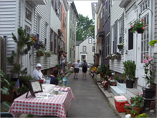 The residents of Bolton Place have given their street a 'country lane' look. The street has won multiple awards in Mayor Thomas M. Menino's City of Boston Neighborhood Garden Contest.