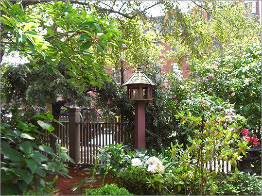 2011 Best Pictures From Hidden Gardens