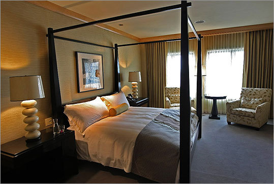 The Mandarin Oriental Hotel Located on Boylston Street in the Back Bay neighborhood, the hotel has been rated in the five-star class since its completion in 2008. As far as the public knows, Bulger never checked in to a room here.