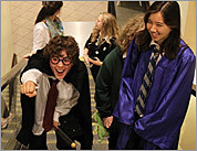 Fans flock to last Harry Potter movie