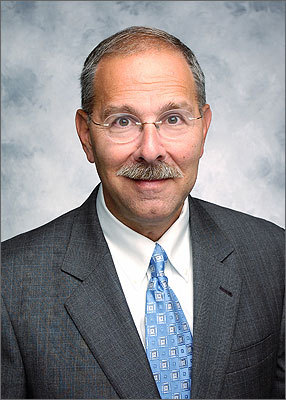 Lahey Clinic Dr. Howard G. Grant, a longtime Pennsylvania health care executive, was named to head the 317-bed Burlington hospital in September 2010. He started in November 2010. Grant was executive vice president and chief medical officer at Geisinger Health System in Danville, Pa., one of the largest rural health systems in the nation with three hospitals, 60 clinics, and 1,200 health care providers across north central Pennsylvania before coming to the Bay State.