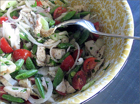 Chicken salad with snow peas