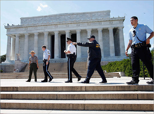 Security personnel kept people from entering the Lincoln Memorial.