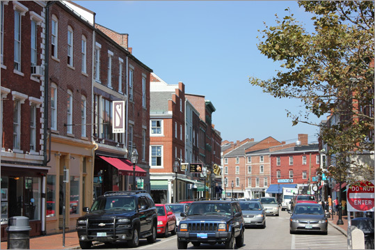 The quaint, yet bustling downtown Portsmouth offers multiple ways to dine, shop, or simply stroll amid the historic buildings.
