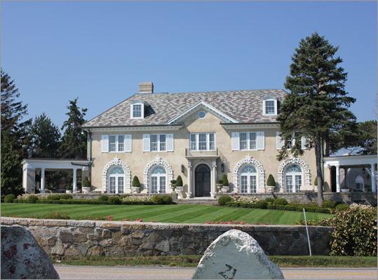 One of the mansions along this stretch of Route 1A.