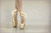 Old form ballet dances into Norwell