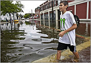 Heavy rains flood North Shore towns