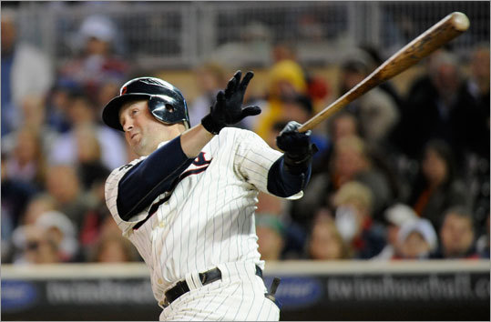 19. The Red Sox will sign Michael Cuddyer A righthanded-hitting right fielder who hit .311 with 10 homers and a .993 OPS in 176 plate appearances against lefty pitching? Yep, he sounds like a pretty good fit -- and he does seem to have a fondness for Fenway . (h/t Sons of Sam Horn).