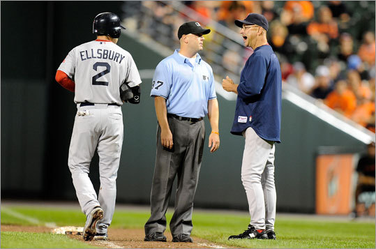 Boston Globe reporter Bob Hohler detailed the factors that led to the Red Sox' historic collapse in 2011. Here's a synopsis of the things that went on with the team as it fell from a two-game lead in the American League East on Aug. 27 to third place and out of the playoffs by Sept. 30. Story: Red Sox' unity, dedication dissolved during epic late-season collapse