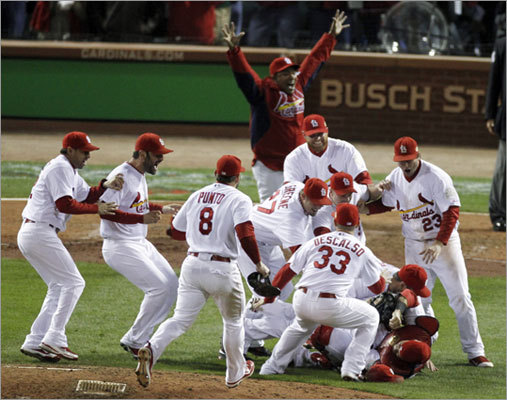 The Cardinals defeated the Rangers 6-2 in Game 7 of the World Series to win the franchise's first title since 2006.