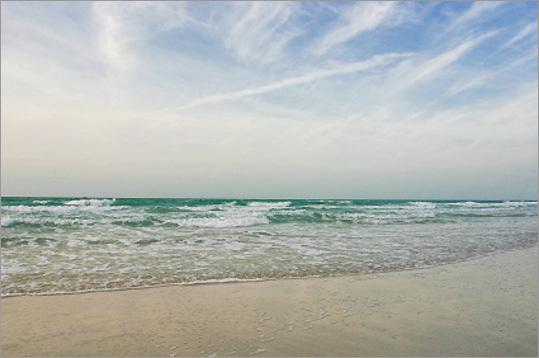 Bu Tinah Island, United Arab Emirates More: Vote: The new 7 World Wonders of Nature