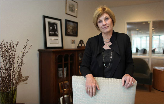 Cathy Minehan, a former Fed official, is dean of Simmons's school of management.