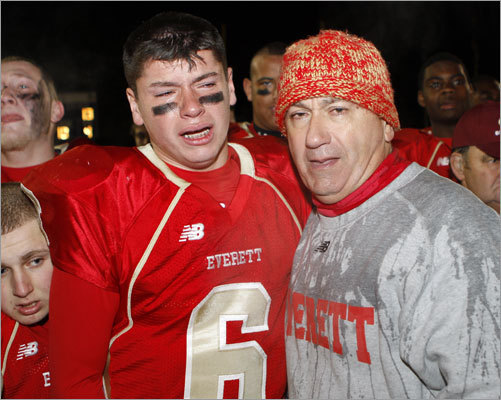 Division 1A: Everett 36, Lincoln-Sudbury 13 Everett quarterback Jonathan DiBiaso and his father, Everett coach John DiBiaso, shared an emotional moment after winning the Division 1A Super Bowl.