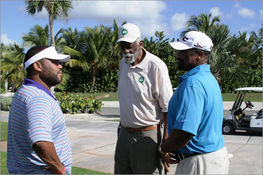 Actor Anthony Anderson, Bill Russell and Jim Rice chatted before teeing it up.