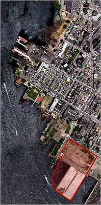 The $275 million Portside at East Pier project was first proposed by Roseland Property Company and its development partner Lennar Corp. in 2000 and was approved in 2005. The developers planned to build 543 residential units along with 70,000 square feet of retail space including a restaurant, health club, and a day care center on a lot southwest of Marginal Street and southeast of Lewis Street, adjacent to the area designated for Piers Park II.