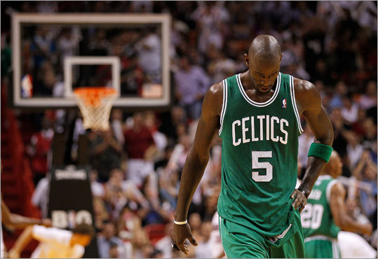 Kevin Garnett and the Celtics absorbed their second straight loss to open the season, falling to the Heat in Miami. Garnett scored 12 points and had five rebounds.