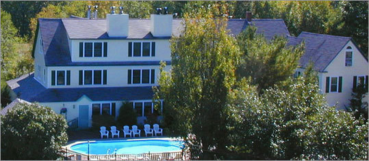The Inn at Ellis River, Jackson, N.H. The Valentine's Special at The Inn at Ellis River runs through the middle of January to the end of February this year. It includes two nights in one of their 20 rooms, a candlelit dinner for two at an area restaurant, champagne or sparkling cider, and a long stem rose. On weekends, an additional fee will provide you and your sweetheart with a romantic winter sleigh ride. Highlights of the inn are it's pub, game room, and enclosed hot tub overlooking the river. Valentine's package starts at $399.