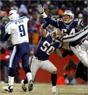 10. Patriots 17, Titans 14 AFC Divisional, January 10, 2004 In limb-numbing weather – the game-time temperature was 4 degrees – the Patriots held off a resolute Tennessee team led by quarterback Steve McNair. Receiver Bethel Johnson, regarded as a bust in Patriots lore, had a big game, with a 41-yard touchdown catch and a crucial late first-down on a reverse, and Adam Vinatieri booted the winning field goal from 46 yards with 4:02 left in regulation. Given the circumstances, that field goal under such adverse conditions would rank as the career highlight. For Vinatieri, it's at the back end of his top five.